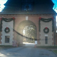 Photo taken at Biltmore Estate Main Gate by rhys p. on 12/22/2012