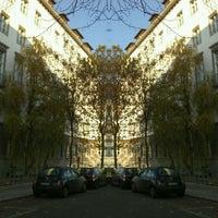 Das Foto wurde bei Hochschule für Wirtschaft und Recht (HWR) von Toni L. am 11/14/2012 aufgenommen