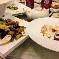 Photo taken at 花家怡园 Hua's Restaurant by Sandy B. on 6/15/2014