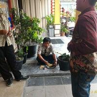 Photo taken at RM Padang Duta Minang by R.A.H R. on 11/11/2015