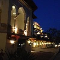 4/15/2013 tarihinde Cristian F.ziyaretçi tarafından Rambagh Palace Hotel'de çekilen fotoğraf