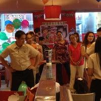 Photo taken at KFC by Bibi E. on 11/25/2012