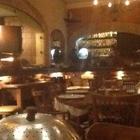 Foto tirada no(a) Operetta Pizza por WEBNIGHT RADIO em 12/15/2012