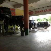 Photo taken at Shangrila Car Wash by Lidia w. on 12/24/2012