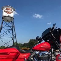 Photo taken at Southern Thunder Harley-Davidson by Aubrey D. on 7/12/2017