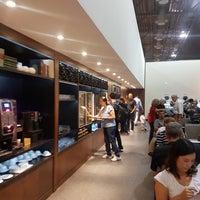 Foto tirada no(a) MasterCard Black Lounge por Erica A. em 11/18/2017