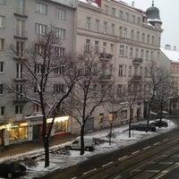 Das Foto wurde bei Suite Hotel 900m von Narva am 2/13/2013 aufgenommen