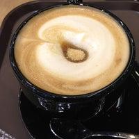 Photo taken at CAFFÉ PASCUCCI by Vasin P. on 10/19/2012