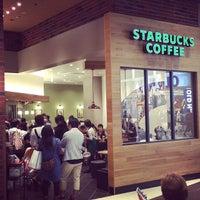 Photo taken at Starbucks by koro_ku on 10/26/2014