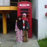 Photo taken at KTM Line - Serdang Station (KB05) by 'Aisyah I. on 11/16/2012