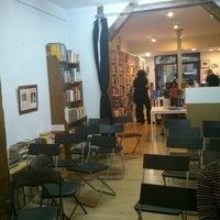 Photo taken at Enclave de libros by Juan Carlos M. on 11/18/2012