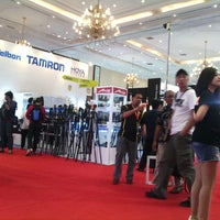Photo taken at Focus : Jakarta Photo & Digital Imaging Expo by Panji D. on 3/7/2014