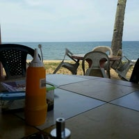 Photo taken at Warung Tepi Pantai Paka by Shahrinz I. on 8/1/2016