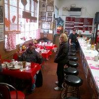 Foto scattata a The Galley Diner da Christopher W. il 2/16/2013