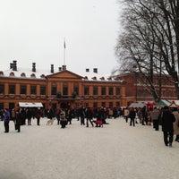 12/9/2012 tarihinde Hese L.ziyaretçi tarafından Vanha Suurtori'de çekilen fotoğraf