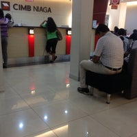 Photo taken at CIMB Niaga by Faiz on 5/5/2014