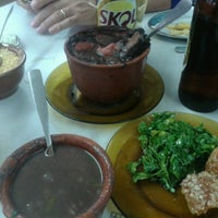 Photo taken at Bola Lanches by Fer A. on 6/1/2013