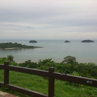 Photo taken at Sea Breeze Bangalow by William s. on 5/19/2013