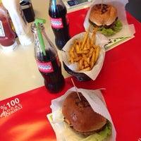 Photo taken at Biber Burger by Rojda I. on 3/18/2014