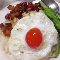 Photo taken at Food Court by Mei_Joo N. on 3/13/2018