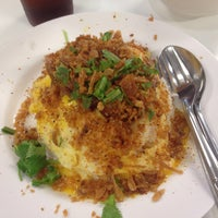 Photo taken at Food Court by Mei_Joo N. on 3/19/2018
