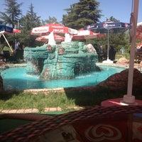 5/24/2013 tarihinde Cengiz Y.ziyaretçi tarafından Türkoloji Cafe & Park'de çekilen fotoğraf