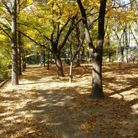 Photo taken at Seoul Namsan Fortress Wall Trail by Steven K. on 11/1/2012
