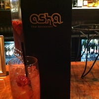 Photo taken at Osha Thai Restaurant & Lounge by Lisette E. on 9/30/2012
