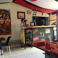 Foto tomada en Koken Pizza por Aitor D. el 1/16/2013
