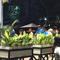 Foto diambil di Starbucks oleh Ramdan R. pada 7/1/2017