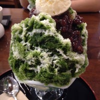 Photo taken at 甘味茶寮ほとり by Yummy on 9/2/2014