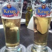 Foto tirada no(a) Krug Bier por Taynara L. em 5/11/2013