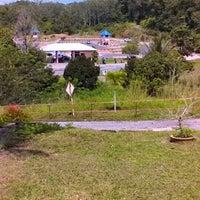 Photo taken at Akademi Memandu Gua Musang by Khairil A. on 9/27/2014