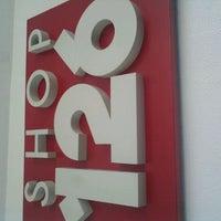 Foto tirada no(a) Center IV por Eduarda M. em 11/29/2012