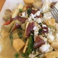 Das Foto wurde bei Arunee Thai von Dustin Vegan B. am 10/22/2012 aufgenommen