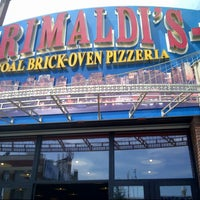 Photo taken at Grimaldi's Coal Brick-Oven Pizza by Ehab J. on 5/31/2013