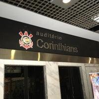 Foto tirada no(a) Memorial do Corinthians por Felipe K. em 2/8/2013