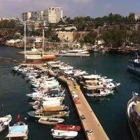 6/28/2013 tarihinde Enes C.ziyaretçi tarafından Yat Limanı'de çekilen fotoğraf