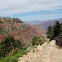 Photo taken at South Kaibab Trailhead by Dinerl K. on 5/16/2017