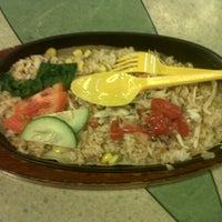 Photo taken at Yammie Hot Plate - Food Temptation Mal Kelapa Gading 3 by mitha l. on 4/5/2013