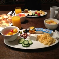 Photo taken at Crowne Plaza Brussels Le Palace by Ganimet O. on 5/10/2013