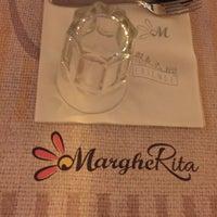 Foto scattata a Osteria Pizzeria Margherita da Ersoy E. il 11/18/2016