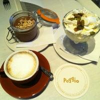 รูปภาพถ่ายที่ Poggio โดย Christina H. เมื่อ 5/26/2013