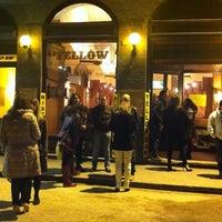 Foto scattata a Yellow Bar da Francesco B. il 11/23/2012