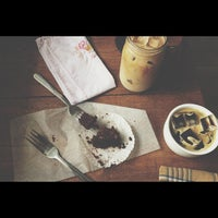 Photo taken at Vintage Heart Coffee by Joel G. on 7/8/2013
