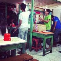 Photo taken at Depot Nasi Sayur H. Tarjo by Virgina A. on 9/30/2012