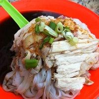 12/2/2012 tarihinde Jackson K.ziyaretçi tarafından Restaurant Mei Sin 美新茶餐室'de çekilen fotoğraf