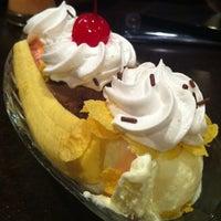 Photo taken at Quan Ice Cream & Coffee House (咖啡馆) by Jackson K. on 11/17/2012