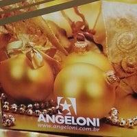 Foto tirada no(a) Supermercado Angeloni por Beto F. em 11/19/2012