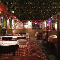 Foto scattata a Buca di Beppo Italian Restaurant da Felipe B. il 11/13/2012